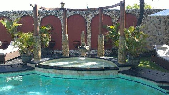 Puri Madawi: piscine