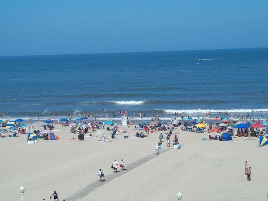 Quality Inn & Suites Oceanfront: The view from Oceanview Room