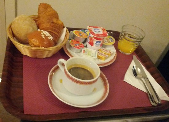 Hôtel Vivaldi : Breakfast in Bed