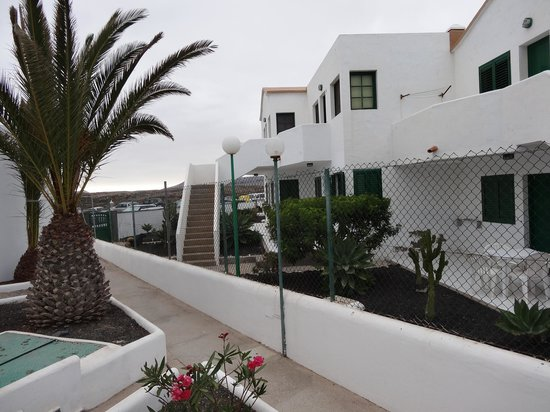 Apartamentos Cotillo Lagos: Cotillo Lagos App.58 Richtung Eingang/gegenüber Privatstudios