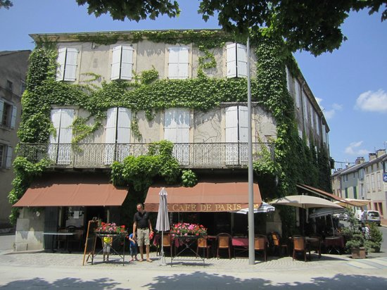 Castres, France : Brassac, restaurant Cafe de Paris