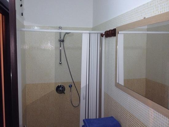 B&B Romero: particolare doccia.