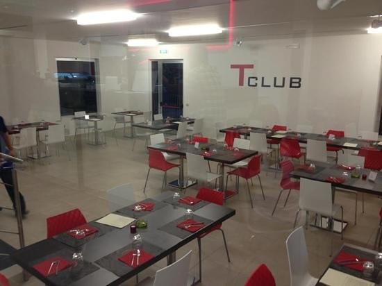 Tennis Club Su Planu - Ristobar Pizzeria: sala interna