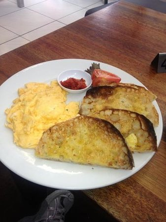 Monica's Cafe: The wife's scrambled eggs