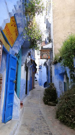 Casa Perleta : the community bakery next to a restaurant in Chefchaouen medina