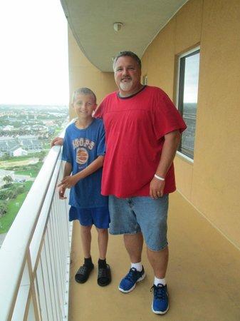 Splash Resort Condominiums: Me and Cal on 19th floor.