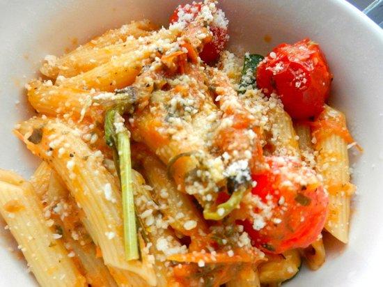 Drink! Lounge & Bistro: Roasted Veg Pasta