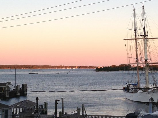 Woods Hole Inn: View from common deck