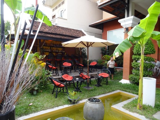 Claremont Angkor Boutique Hotel: Chill out area