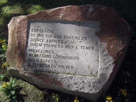 Parque del Monticulo: A poem on stone at the Montículo, La Paz