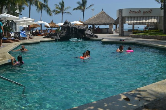Ramada Resort Mazatlan: Alberca