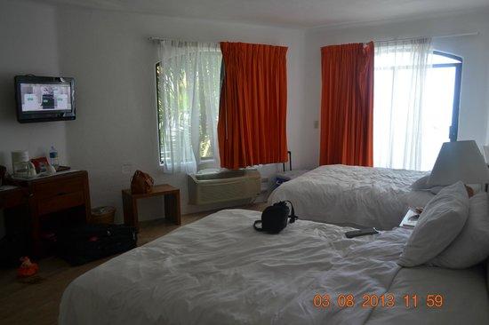 Ramada Resort Mazatlan: Habitación con balcon