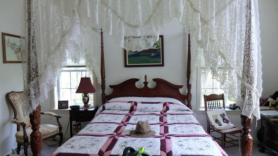 Eby Farm Bed & Breakfast: Melody