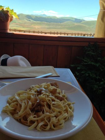 Il Guerrin Meschino : pasta with a view