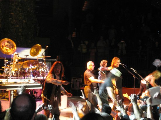 The Mountain Winery : Our Favorite Band (STYX) at Our Favorite Venue !!