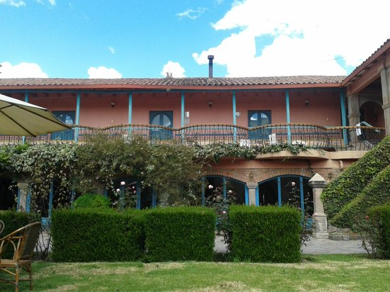 La Casona de San Jeronimo - Hotel Boutique: The building from the garden