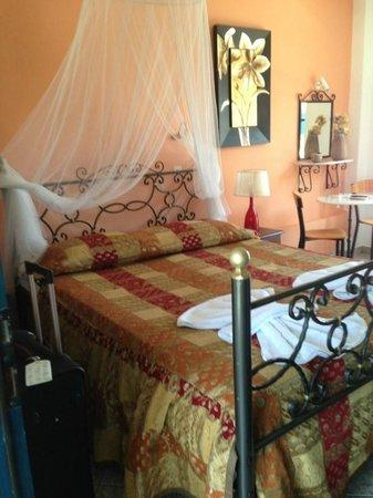 Villa Danay: room