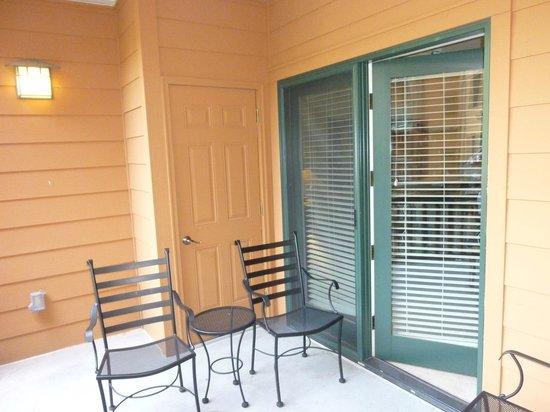 Mountain Vista Luxury Rentals: Our Balcony