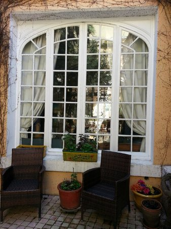 Cote Cite : Courtyard