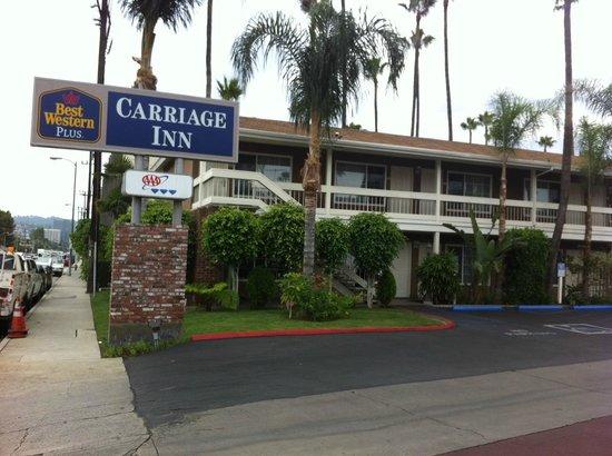 BEST WESTERN PLUS Carriage Inn: Entry