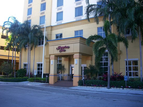 Hampton Inn Ft. Lauderdale /Downtown Las Olas Area, FL.: Entrada do Hotel