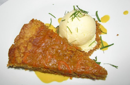 Saffron Mediterranean Kitchen: Yummy carrot cake with ginger ice cream made for a wonderful finish to the meal.