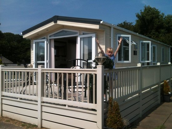 St Margaret's Bay Holiday Park - Park Resorts: Never knock a 'Sun' holiday