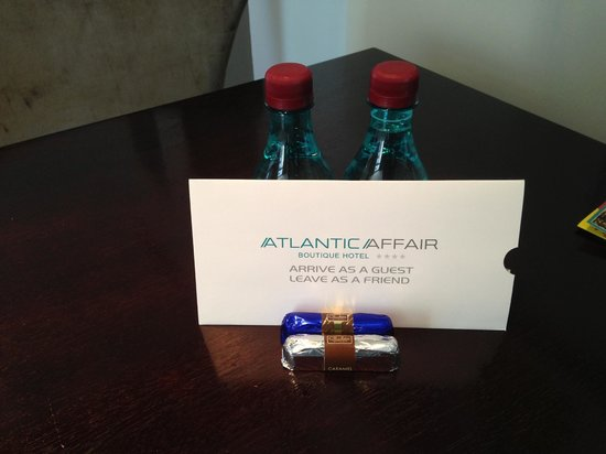 Atlantic Affair Boutique Hotel: Welcome Letter with chocolates