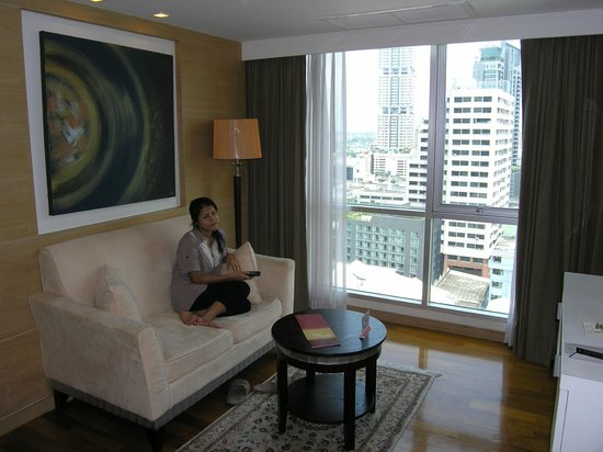 Adelphi Grande Sukhumvit by Compass Hospitality: Room commodities to enjoy