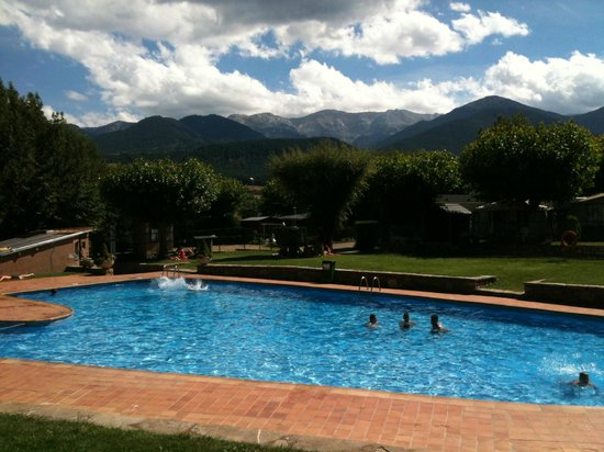 Cerdanya EcoResort: piscina