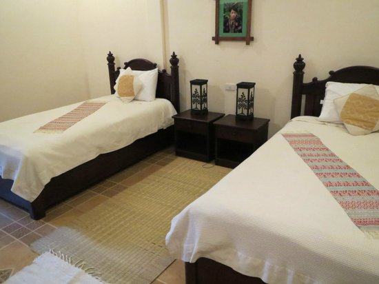 Villa Meuang Lao : Bed