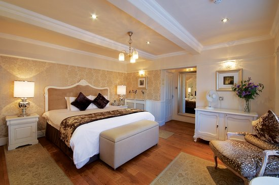 Alderley Edge Hotel: Superior Room