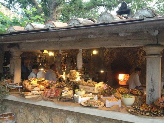 Borgo Santo Pietro: Farmers' Market