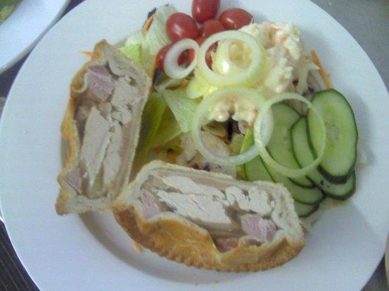 Nettles: chicken & ham pie