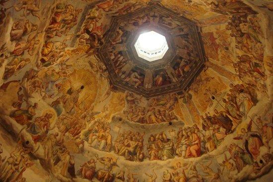 Il Mandorlo : La cupola di Brunelleschi ed il paradiso di Vasari