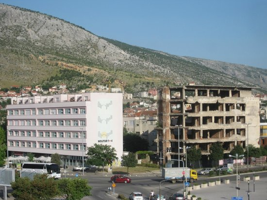 Partisan Cemetery: The frontline in Mostar - visited in 'The Death of Yugoslavia tour'