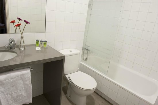MH Apartments Tetuan: Bathroom