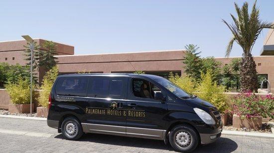 Hotel Du Golf: Shuttle Service