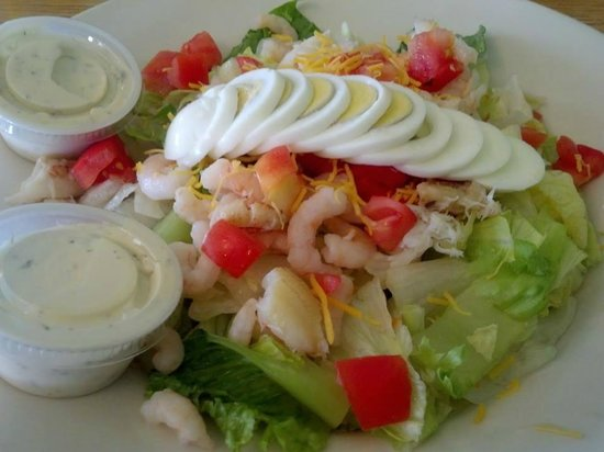 The In Place : Shrimp salad