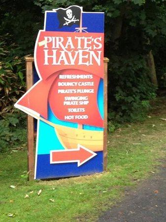 Westport House Camping & Caravan Park: pirates Haven Westport House