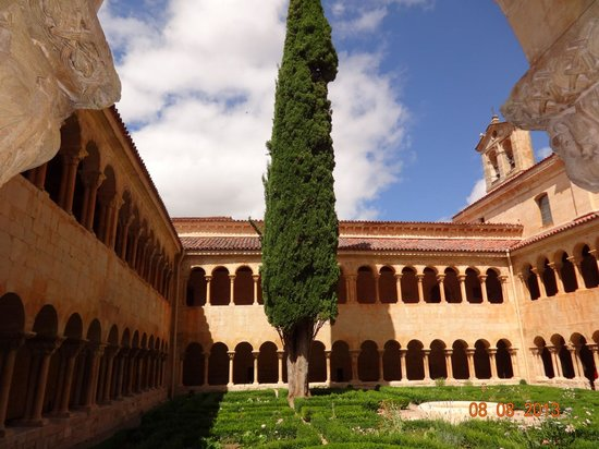 Monastery of Santo Domingo de Silos: Ciprés de Silos
