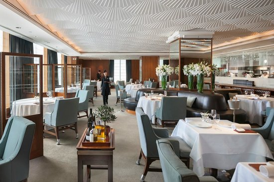 Mandarin Grill + Bar at Mandarin Oriental, Hong Kong