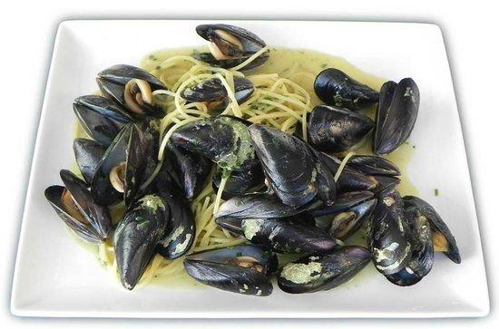 Spaghetti ai moscioli di portonovo in bianco foto di ristorante giardino ancona tripadvisor - Ristorante il giardino ancona ...