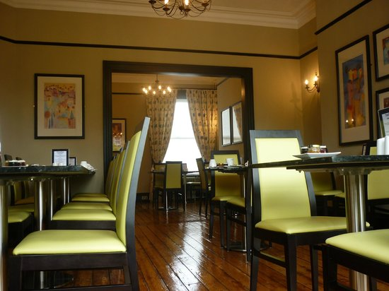 The Grafton: Breakfast room