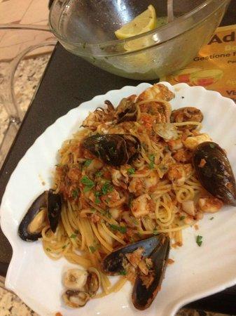 Ristorante Pizzeria Adriatico: spaghetti allo scoglio