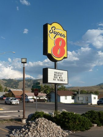 Super 8 Gardiner/Yellowstone Park Area: Super 8 sign