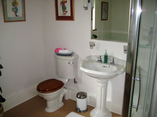 Highcroft Hilton: Bathroom was exceptional