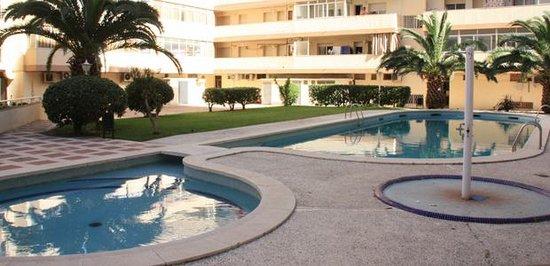 apartamentos indasol (salou, costa dorada) - apartment reviews