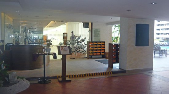 Rembrandt Hotel Bangkok: going out past the Gym to the pool area