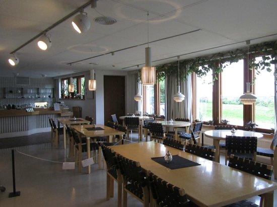 The Alvar Aalto Museum : Cafe in Alvar Aalto Museum